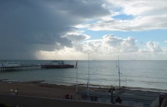 holiday Apartment self catering with sea views in Worthing West Sussex